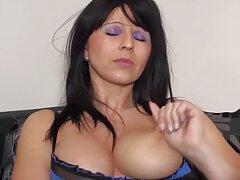 Hermosa chica con videos caseros pilladas en la calle la masturbación húmeda