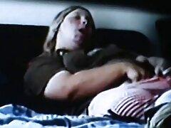 Masturbándose junto a pillada masturbandose casero la mujer orgasmo,