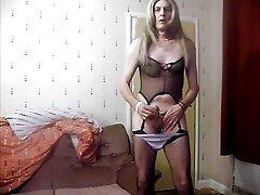 Pareja madura videos pornos caseros pillados masturbándose