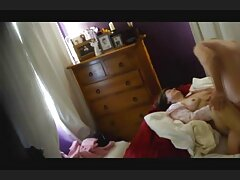 Sexy madura en videos caseros pillados la tienda de vídeo