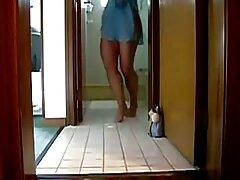 Amateur africano espalda sin espalda mamadas caseras pilladas después de orinar